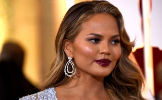 Illustration for article titled Chrissy Teigen Sort of Gets Why People Hate Her