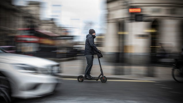 CDC to E-Scooter Riders: Please, for the Love of God, Do the Absolute Bare Minimum Safety Thing
