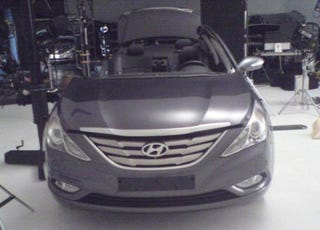 Illustration for article titled 2011 Hyundai Sonata: Even More Camry-Like