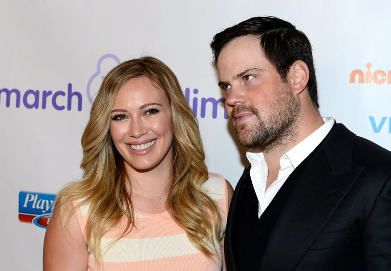 Illustration for article titled Hilary Duff And Mike Comrie Divorce