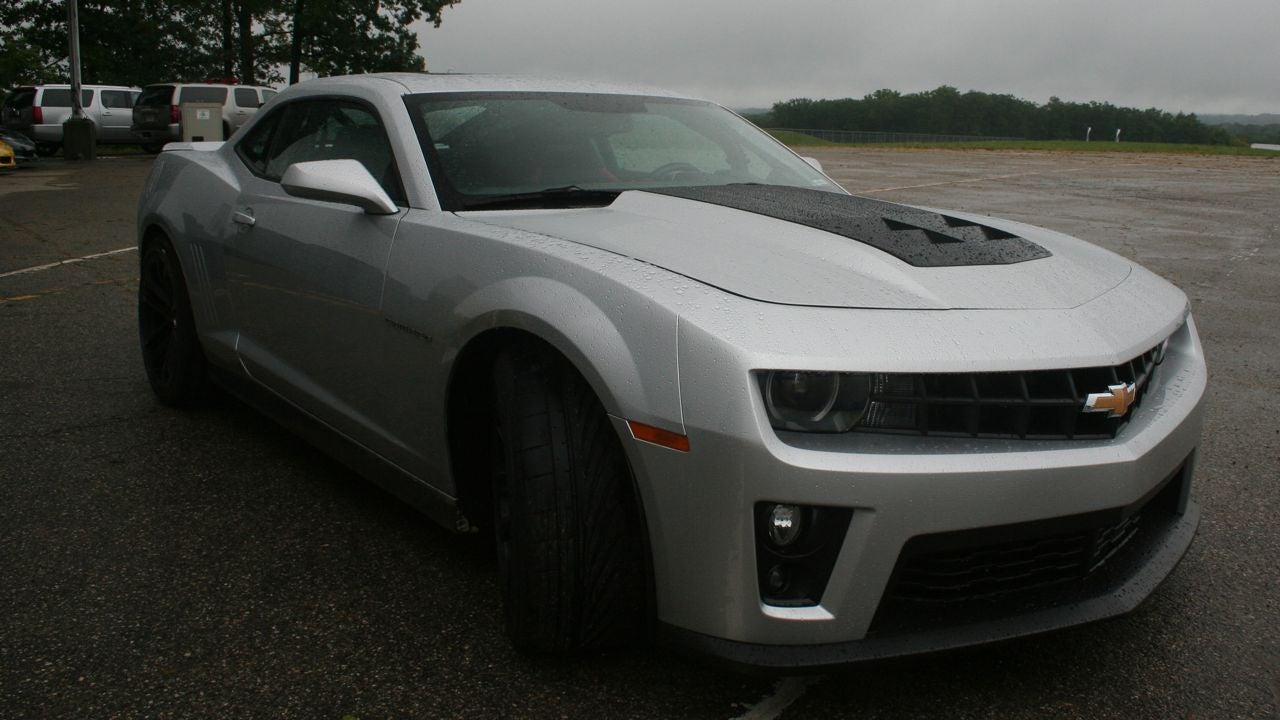 the chevy camaro zl1 gets 580 hp and 9 other things you need to know rh jalopnik com Camaro 2017 Manuals Inside 2012 Camaro Service Manual