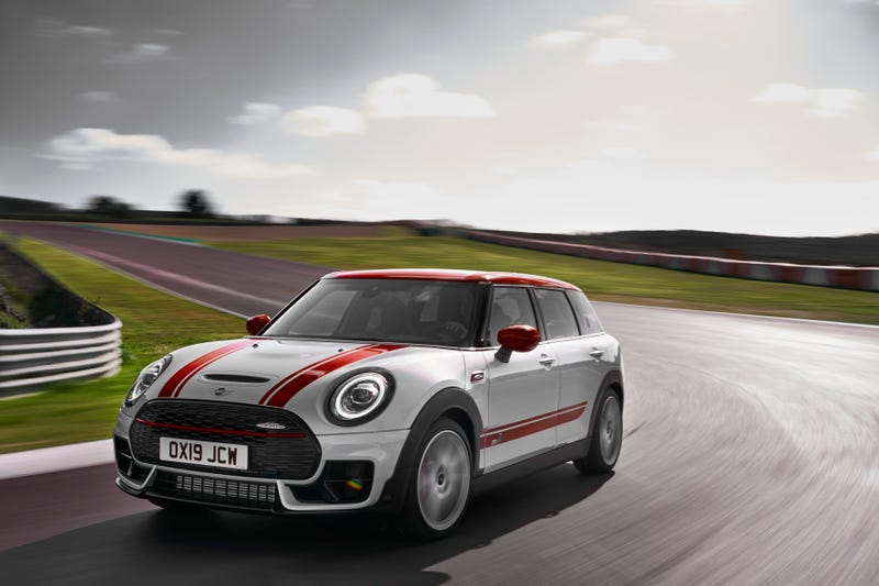 Illustration for article titled New 306 HP Mini Clubman and Countryman John Cooper Works Aim For Hot Hatch Greatness
