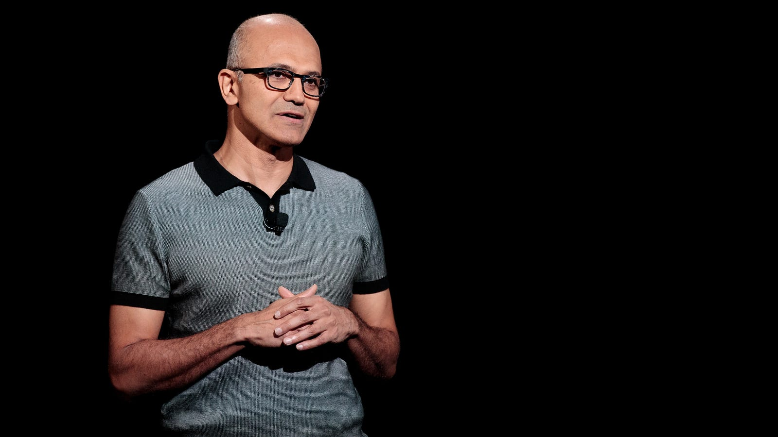 Microsoft CEO Downplays ICE Contract in Email to Employees
