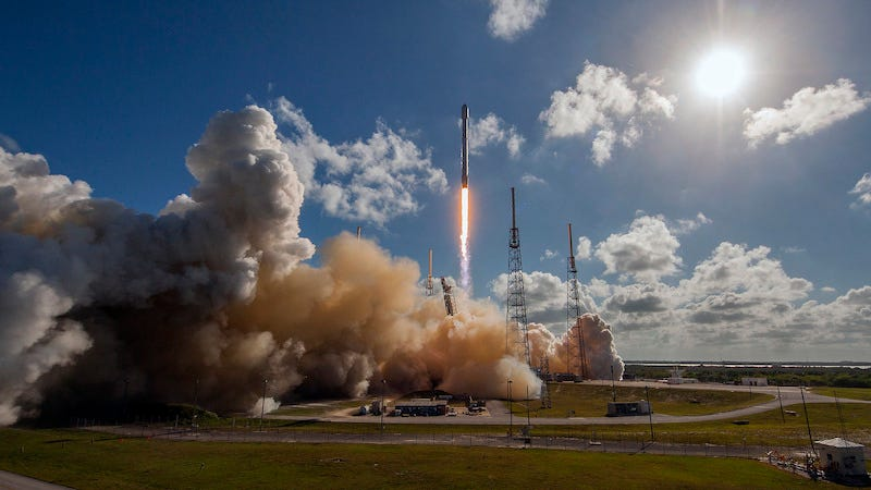 SpaceX's last launch, just a single satellite this time (Image: SpaceX)