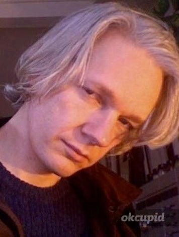 Illustration for article titled Assange's OKCupid Profile Sounds Like Assange Sex Musings (Updated)