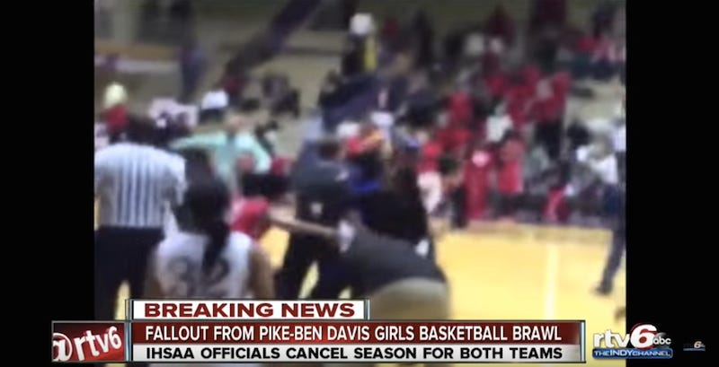 Illustration for article titled Girls Basketball Teams Brawl During Game, Have Their Seasons Canceled