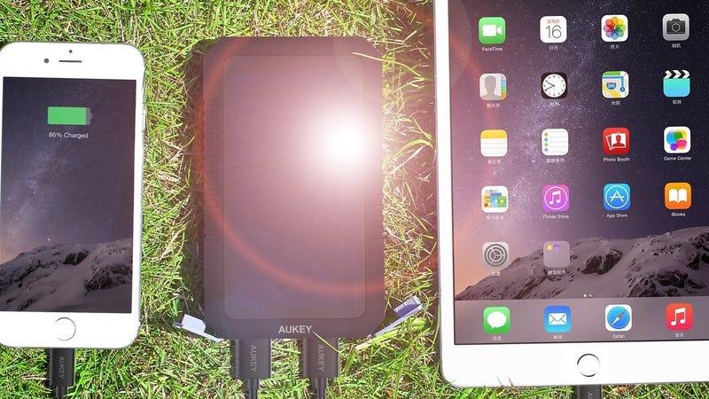 Aukey 12,000mAh Solar Battery Pack, $25 YNRGQVHT