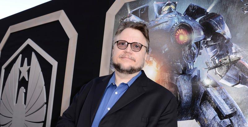 Illustration for article titled Guillermo del Toro asegura que Pacific Rim 2 no ha sido cancelada, y va a hacerla cómo sea
