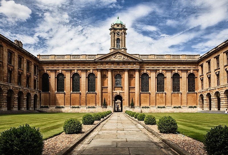 Illustration for article titled Una lista con más de 3.700 cursos gratuitos online de las universidades más prestigiosas del mundo
