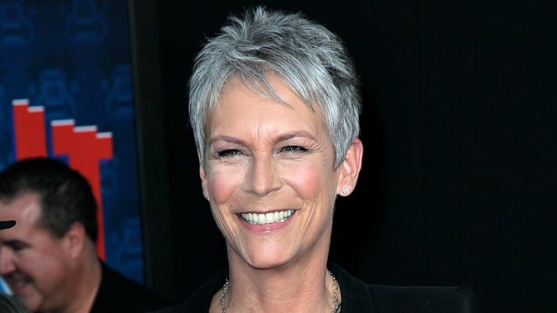 Illustration for article titled Jamie Lee Curtis Injured in Car Wreck, Comforted by Jodie Foster