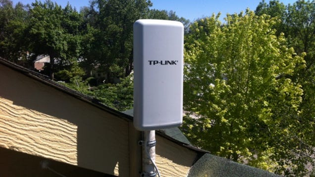 Share Your Internet Connection Using An Outdoor Wireless