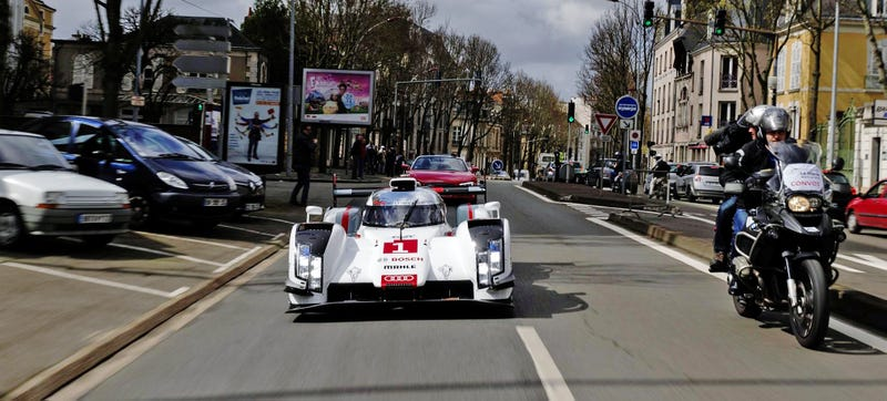 Illustration for article titled How Small Is The 2014 Audi R18?
