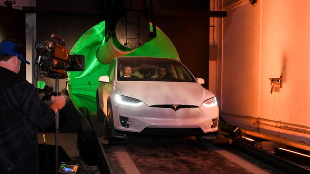It's a Car in a Very Small Tunnel : Actual Transportation Professionals Unimpressed With Musk s Boring Company