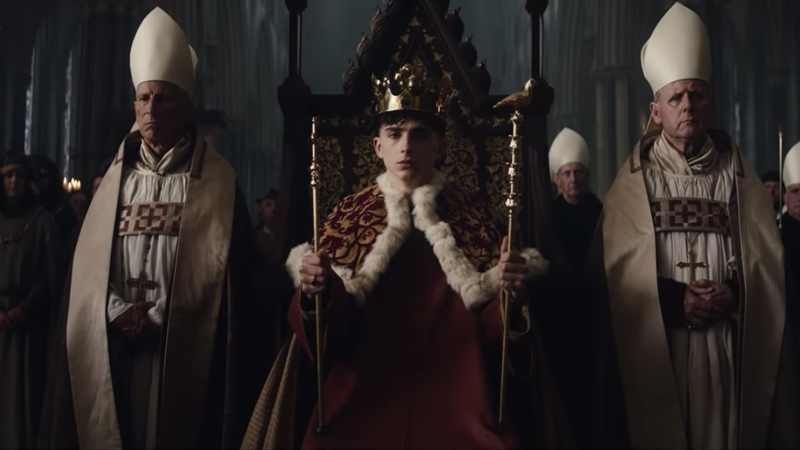 Illustration for article titled Heavy is the Timothée that wears the crown in new trailer for Netflix's The King