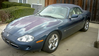 Illustration for article titled Is This Neglected Jaguar XK8 Convertible A Cheap Diamond In The Rough?