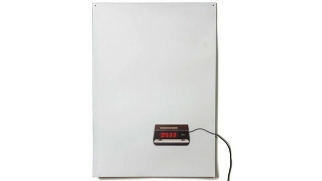 Clever Flat Life Clock Is A Picture That Tells The Time