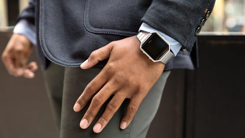 Illustration for article titled El nuevo reloj deportivo de Fitbit sabe qué deporte practicas sin que se lo digas