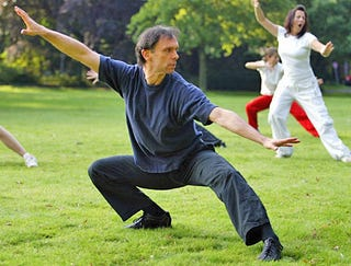 Illustration for article titled Tai Chi Practitioner Really Slowly Dislocates Knee
