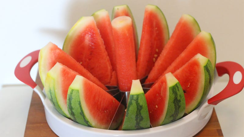 Illustration for article titled This Watermelon Wedger Cuts Perfect Slices in Seconds