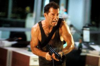Illustration for article titled 9 dolog, ami miatt alsó hangon is zseniális az első Die Hard