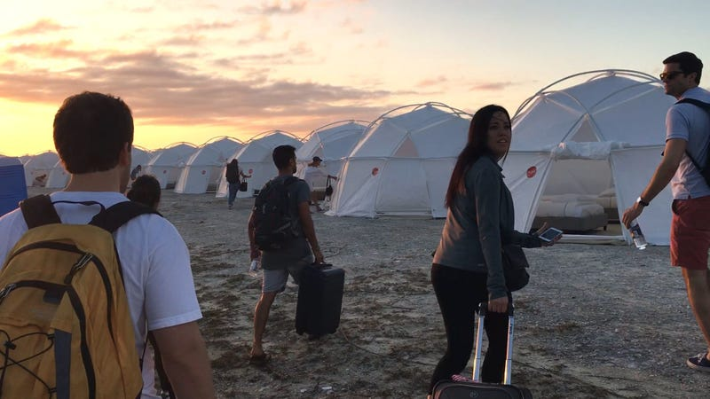 "Illustration for article titled Fyre Festival's graphic designer left the country because ""nobody abroad knows about Fyre"""