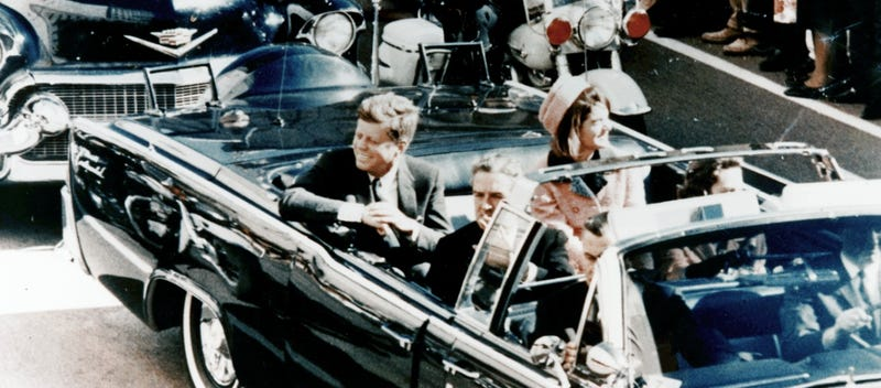 Illustration for article titled Hulu Is Producing a Stephen King/J.J. Abrams Miniseries About JFK