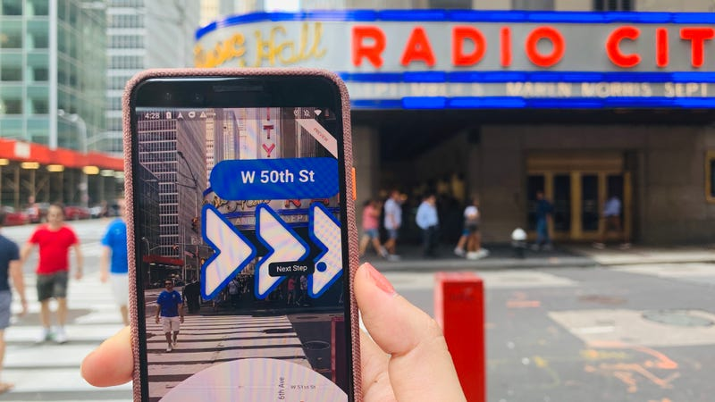 Google Maps AR Walking Directions Coming to iPhone, Non-Pixel Phones