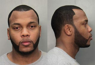 Illustration for article titled Flo Rida busted for Bugatti Veyron DUI in Florida