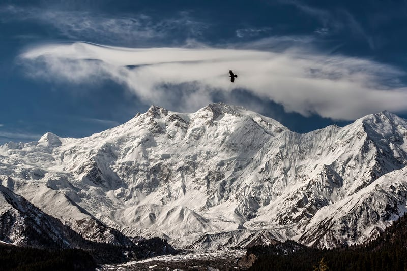 Illustration for article titled A hétvégén összejöhet a Nanga Parbat első téli megmászása (frissítve)