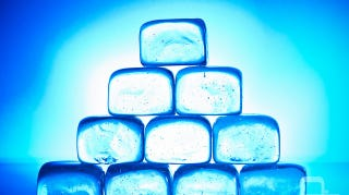 Illustration for article titled Make Fancy, Crystal Clear Ice Cubes With Boiled Water