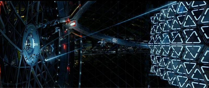 Illustration for article titled Ender's Game trailer shows the epic space war our children will fight
