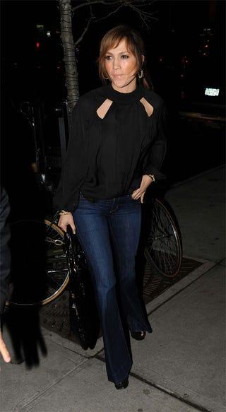 Illustration for article titled J.Lo's Jeans: Pocket Rejectors