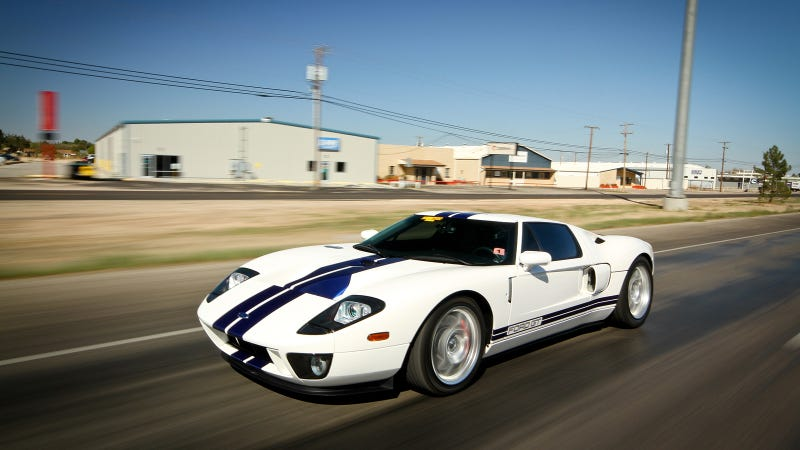 Illustration for article titled Your ridiculously cool Ford GT wallpaper is here