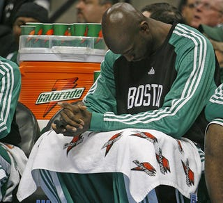 Illustration for article titled Celtics Will Most Likely Be Garnett-less During Playoffs, Coach Says
