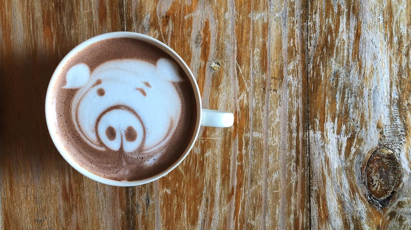 """Illustration for article titled The Starbucks """"pig"""" label drama continues, now with collateral damage [Updated]"""