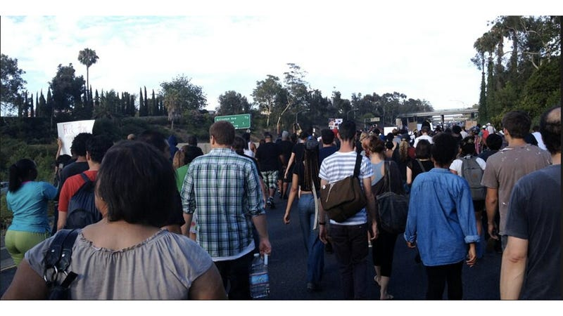 Illustration for article titled Angelenos Shut Down Freeway for Trayvon Martin Protest [Updates]