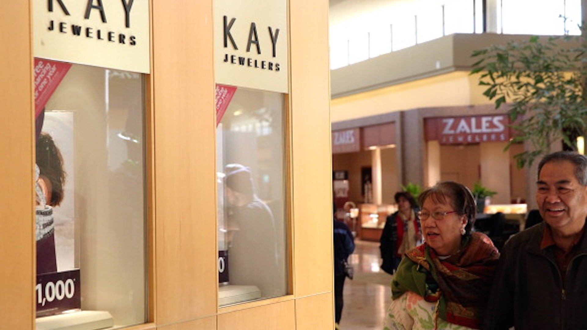 Kay And Jared Jewelry Company Accused Of Widespread Sexual Harassment