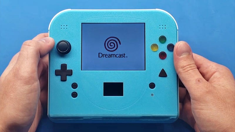 Illustration for article titled I'll Take This Custom Handheld Sega Dreamcast Over the Switch Lite Any Day