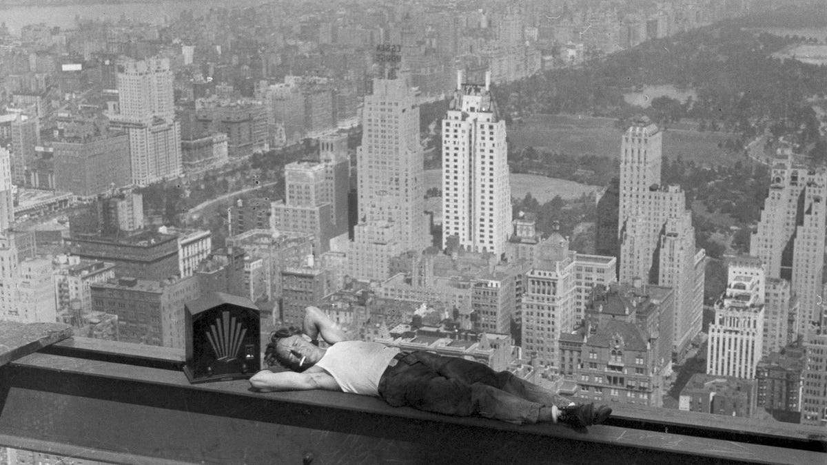 Death Defying Photos Of Skyscraper Construction Workers Goofing Around