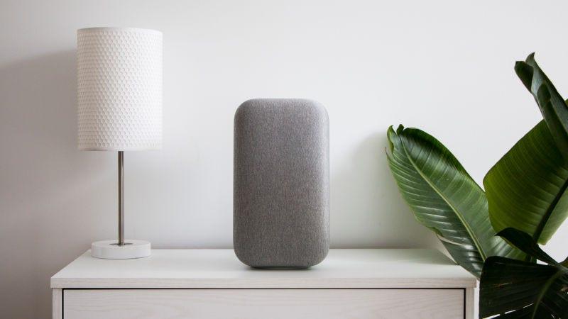 The Google Home Max. Image: Adam Clark Estes/Gizmodo