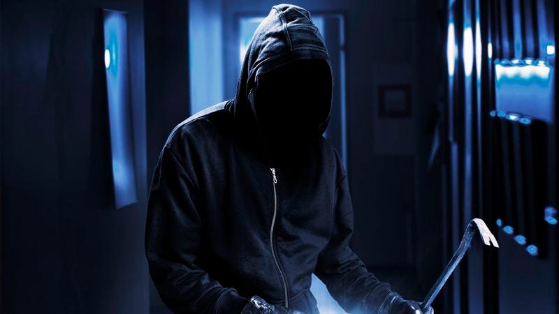 Illustration for article titled Mom Breaks Into Son's Apartment At Night To Administer 2013 Flu Vaccine