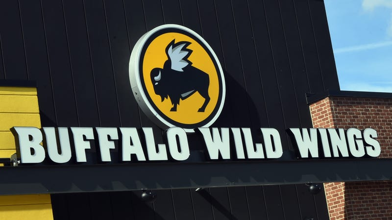 Illustration for article titled A Hacker Hijacked the Buffalo Wild Wings Twitter Account and Revealed Its 'Secret Recipe'