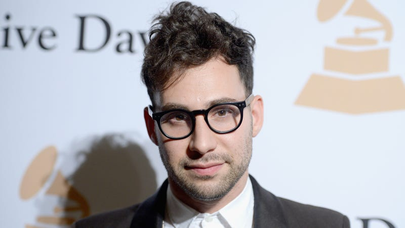 Illustration for article titled Jack Antonoff Finds Exercise Laughable