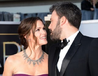Illustration for article titled Ben Affleck and Jennifer Garner Are Still Wearing Their Wedding Rings