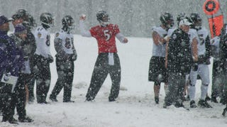 Illustration for article titled Cold Weather Football Is The Best: Answering All Your Questions About Today's 20° Below Freezing AFC Divisional Game
