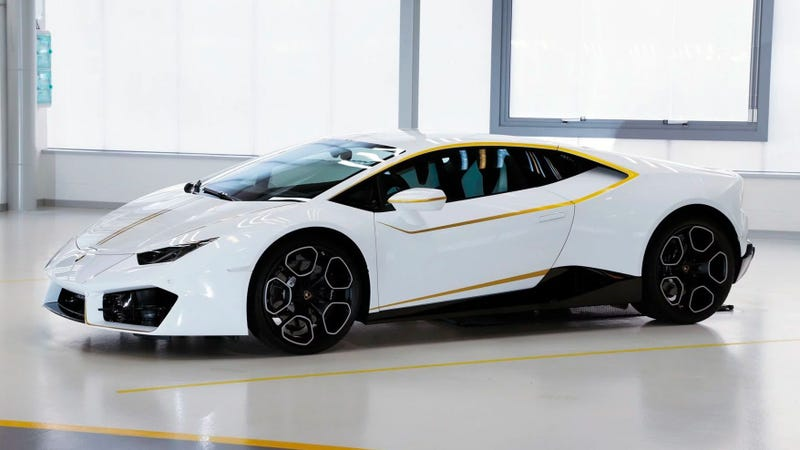 The Pope S Lamborghini Huracan Sold For Almost 1 Million