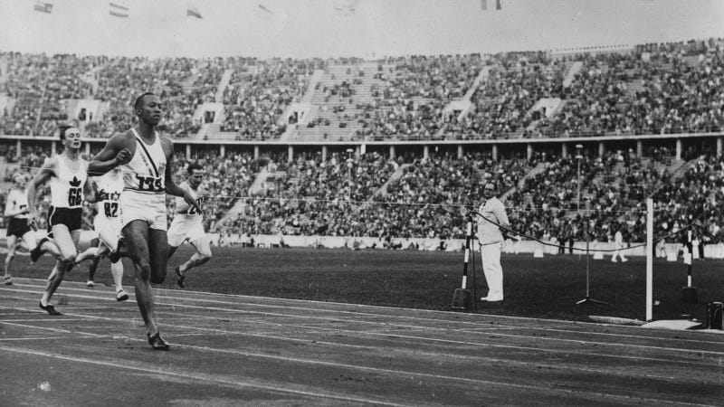 Illustration for article titled Jesse Owens's 1936 Olympic Gold Medal Is Up For Sale