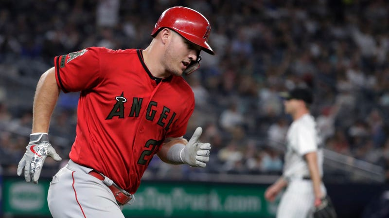 Illustration for article titled Mike Trout Reduces The Yankees To Cannon Fodder