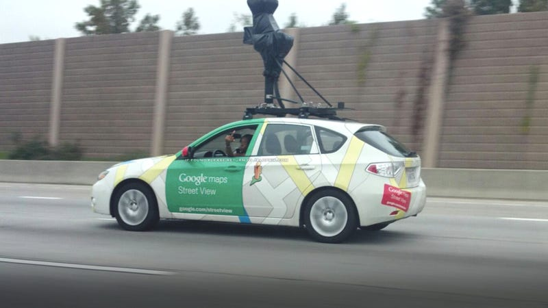 Illustration for article titled This Google Street View driver didn't flip a photographer the bird