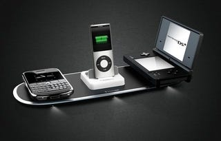 Illustration for article titled A Powermat Wireless Charging System Is the Perfect Gift (That You Secretly Want)